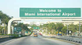 Salta la luce all'aeroporto di Miami, voli bloccati