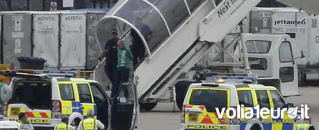 pacco-sospetto-aereo-qatar