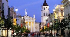 Turista nella città Vilnius – Stato Lituania – Ecco cosa visitare