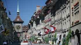 Turista nella città Berna – stato Svizzera – Ecco cosa visitare