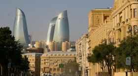 Turista nella città Baku – Stato Azerbaijan – Ecco cosa visitare