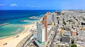 Turista nella città Tel Aviv – Stato Israele – Ecco cosa visitare