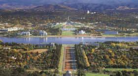 Turista nella città Canberra – Stato Australia – Ecco cosa visitare