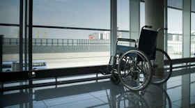 Attrice disabile cita in giudizio l'aeroporto di London City per i danni alla sedia a rotelle