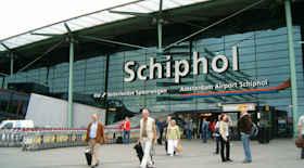 Amsterdam, rafforzata la sicurezza all'aeroporto