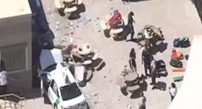Boston, taxi sulla folla all'aeroporto: 10 persone travolte
